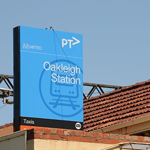 Oakleigh Train Station