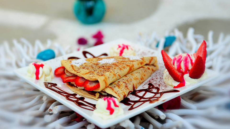 Mykonos Cafe and Crepes in Oakleigh