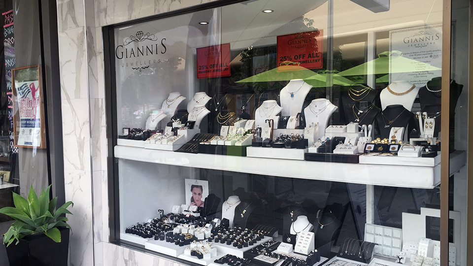 Giannis Jewellers in Oakleigh