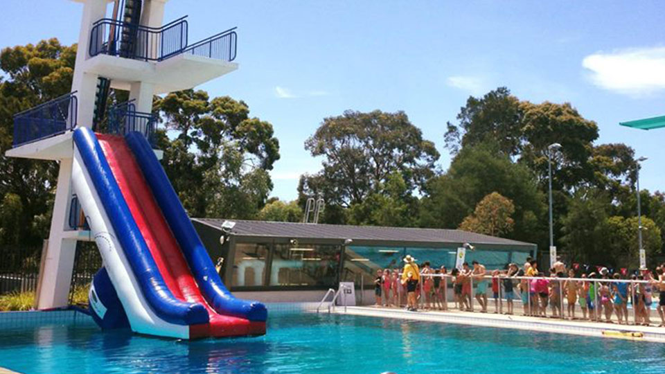 Dive slide at Oakleigh outdoor pool